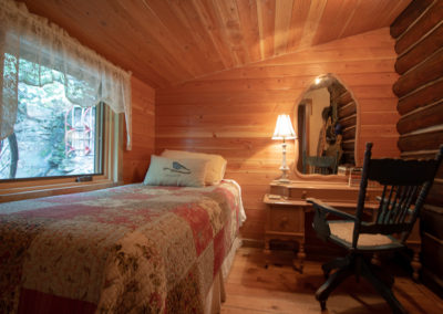 This is an image of Redemption Cabin's back bedroom